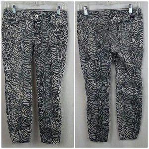 Glo womens juniors jeans Sz 5 Adrian Skinny Animal